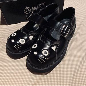 Black Mary Jane Cat Shoes from Anarchic by T.U.K.